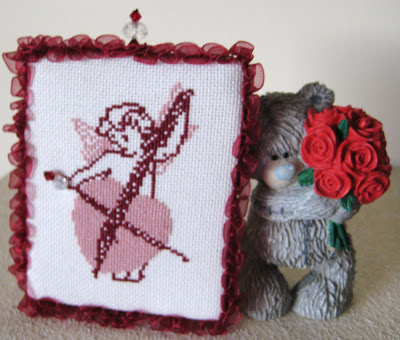 Would you like a hand made stitched gift from me – please read on!